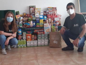 Associação de Jovens de Samora entregou 123kg de comida à Associação Sorrisos da Lezíria