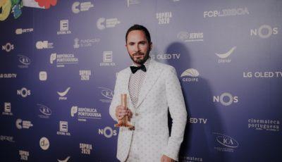 Sergio-Praia-vencedor-do-premio-Sophia-Melhor-Ator-Principal-com-o-filme-Variacoes